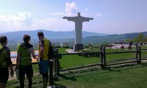 Krásny výhľad na Oravskú     priehradu, vysielač Magura a Zápandné Tatry